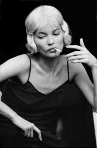 aa-derek-hudson-kate-moss-paris-1998-lr